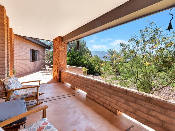 100 Shotgun Dr Sedona AZ Home. Photo 14 of 42