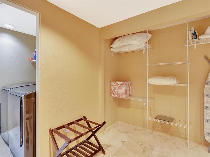 100 Shotgun Dr Sedona AZ Home. Photo 28 of 42