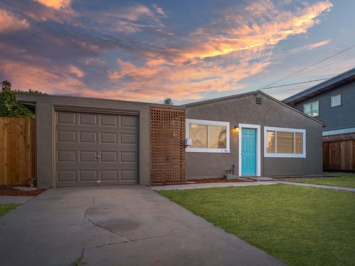 111 Hebard St Santa Cruz CA Home. Photo 2 of 36