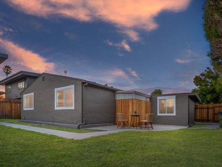 111 Hebard St Santa Cruz CA Home. Photo 4 of 36