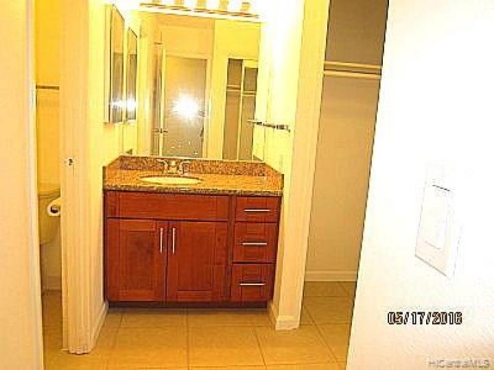 Kukui Plaza condo #E509. Photo 8 of 9