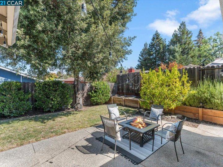 1411 Ridgewood Dr Martinez CA Home. Photo 32 of 40