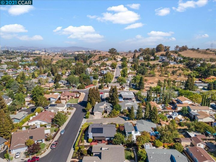 1411 Ridgewood Dr Martinez CA Home. Photo 38 of 40