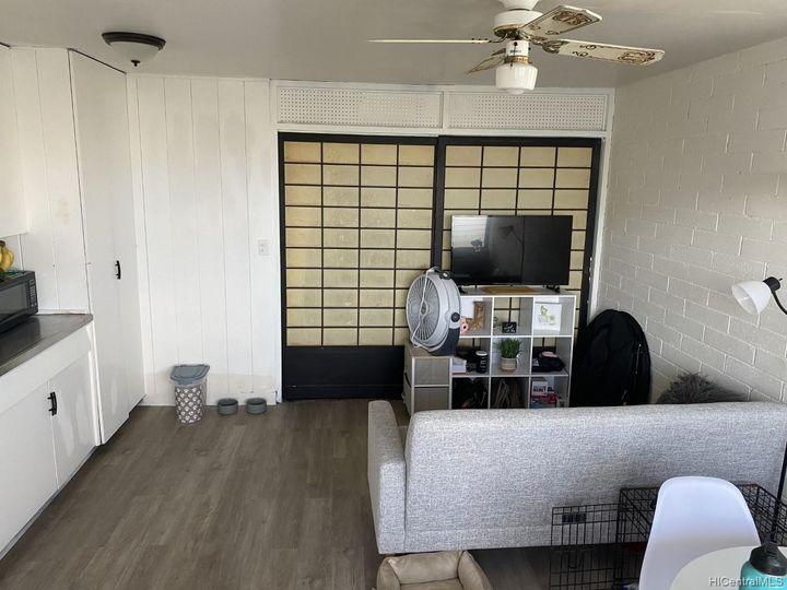 Rental 1526 Thurston Ave, Honolulu, HI, 96822. Photo 1 of 7
