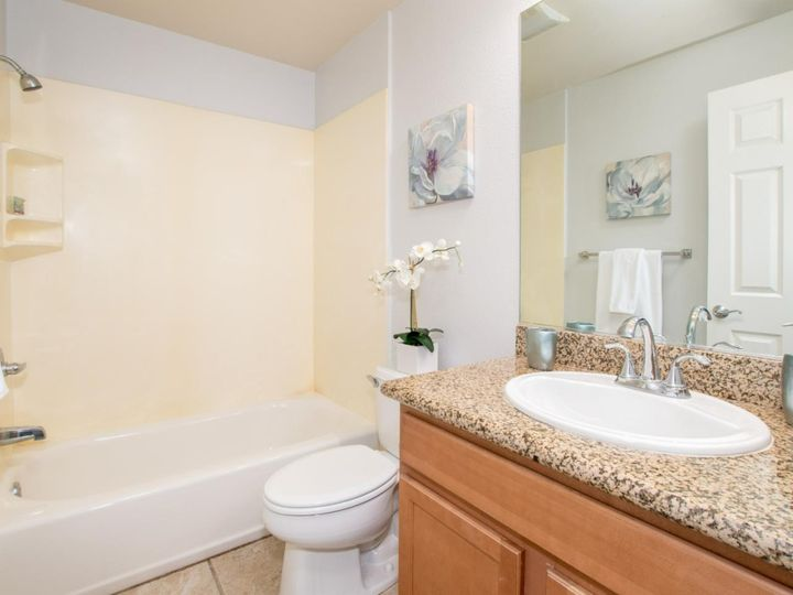 236 Russo Common Dr, San Jose, CA, 95127 Townhouse. Photo 16 of 32