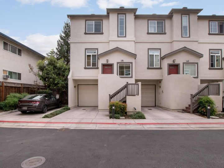 236 Russo Common Dr, San Jose, CA, 95127 Townhouse. Photo 3 of 32