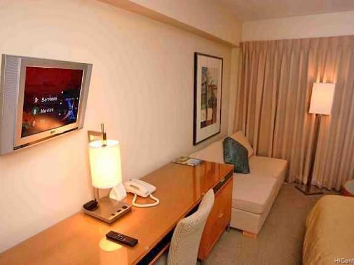 Ala Moana Hotel Condo condo #542. Photo 3 of 5