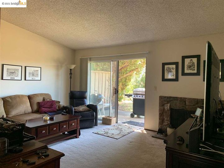 5 Selena Ct, Antioch, CA, 94509 Townhouse. Photo 16 of 20