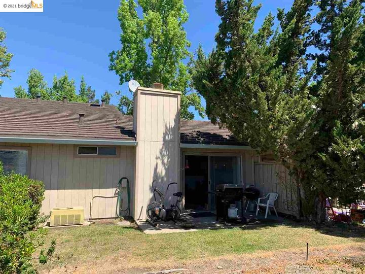 5 Selena Ct, Antioch, CA, 94509 Townhouse. Photo 6 of 20