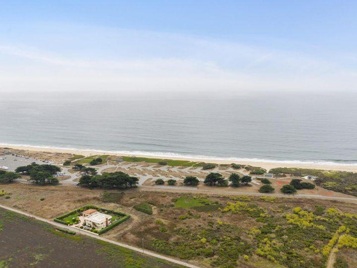 529 Terrace Ave Half Moon Bay CA Home. Photo 14 of 39
