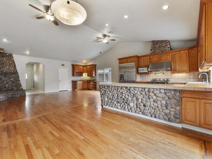 529 Terrace Ave Half Moon Bay CA Home. Photo 17 of 39