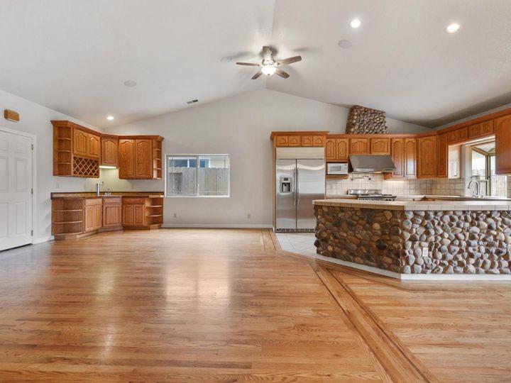 529 Terrace Ave Half Moon Bay CA Home. Photo 21 of 39