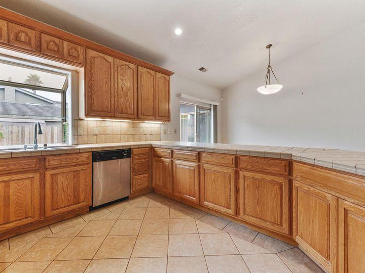 529 Terrace Ave Half Moon Bay CA Home. Photo 25 of 39
