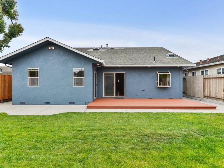 529 Terrace Ave Half Moon Bay CA Home. Photo 9 of 39