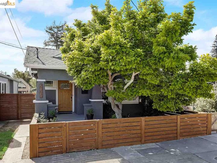 5825 Dover St Oakland CA Home. Photo 1 of 33