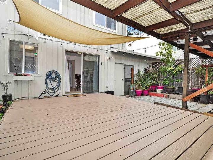 631 Foster Ct #2, Hayward, CA, 94544 Townhouse. Photo 19 of 20