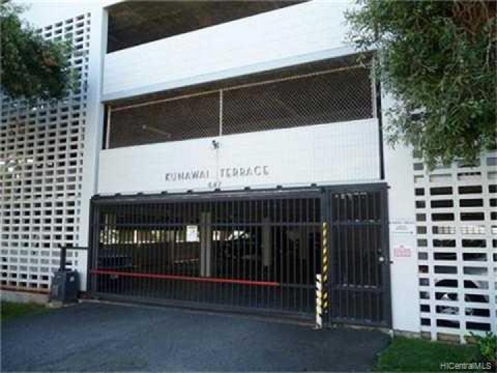 Kunawai Terrace condo #C/614. Photo 2 of 10