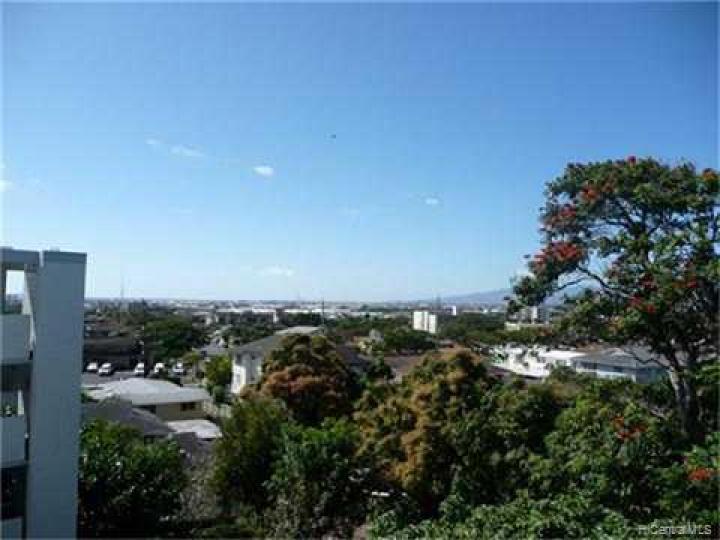 Kunawai Terrace condo #C/614. Photo 4 of 10