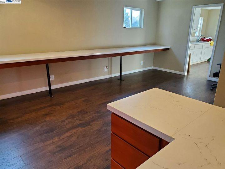 6537 Thornton Ave Newark CA Home. Photo 18 of 36