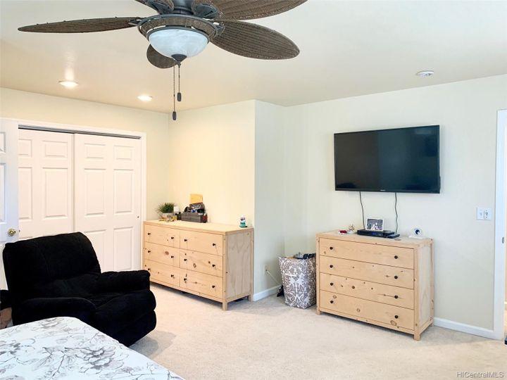 Rental 66-170 Waialua Beach Rd, Haleiwa, HI, 96712. Photo 11 of 18