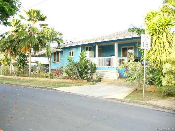 Waipahu HI Home. Photo 5 of 8