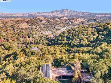 101 Greenbank Dr, Springhill, CA
