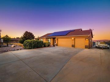 1079 Surrey Cir, Under 5 Acres, AZ