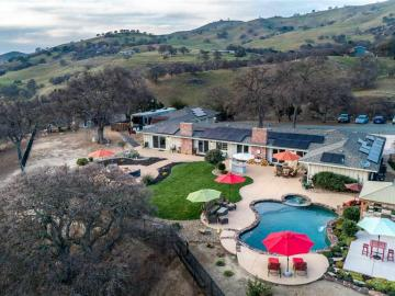 12457 Mines Rd, Country, CA