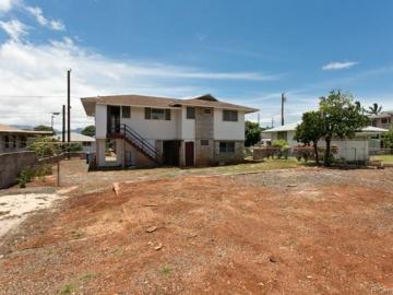 1331 Hoowali St Pearl City HI Home. Photo 2 of 18