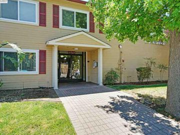 1570 165th Ave unit #203, Ashland, CA