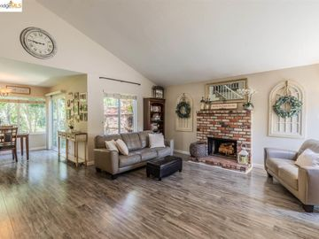 1583 Denkinger Rd, The Colony, CA
