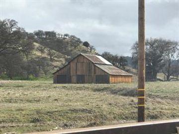 20109 Panoche Rd, Paicines, CA