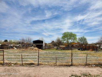 2025 S Wagon Master Rd, Under 5 Acres, AZ
