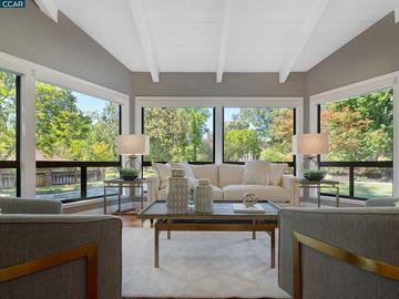 2048 Pin Oak, Hidden Oaks, CA