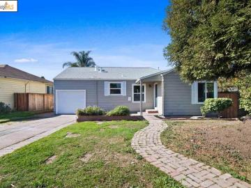 21679 Lake Chabot Rd, Castro Valley, CA