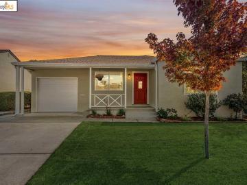 21724 Orange Ave, Baywood, CA