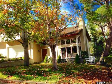 22 Via Barcelona, Rancho Moraga, CA
