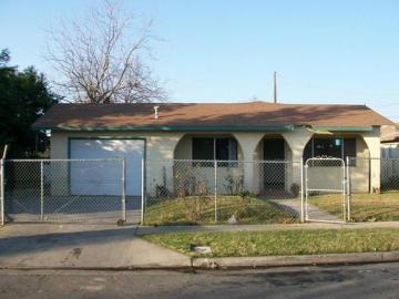 220 W San Joaquin St, Fresno, CA