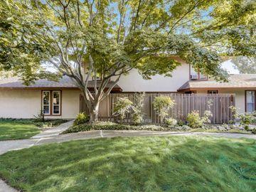 224 E Red Oak Dr, Sunnyvale, CA