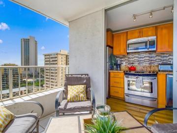 2421 Tusitala St unit #1304, Waikiki, HI