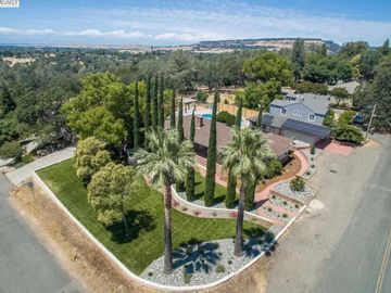 261 Canyon Highlands Dr, Oroville, CA