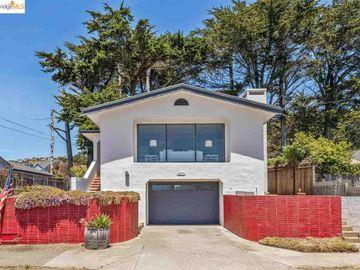 271 Clifton Rd, Pacifica, CA