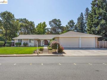 329 Semillon Cir, Easeley Estates, CA