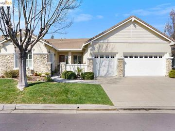 371 St Claire Ter, Summerset 4, CA