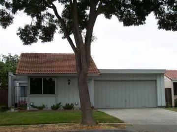 37187 Greenpoint St, Cedar Cove, CA