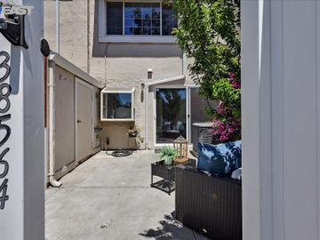 38564 Mcdole Ter, Fremont, CA, 94536 Townhouse. Photo 3 of 14