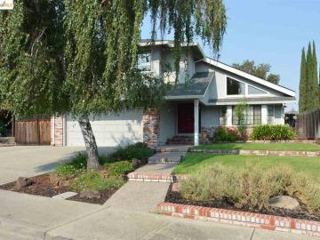 3932 Cinnabar St, Ridge Rock, CA