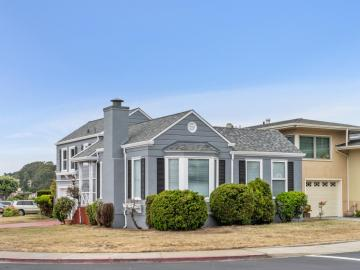 4 Cliffside Dr, Daly City, CA