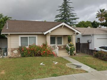 42 Parkside Ln, Pittsburg, CA