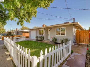 426 James St, Murrieta, CA